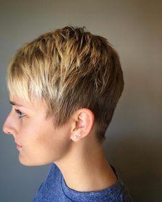Pixie Hairstyles, Pixie Haircut, Short Hair Cuts For Women, Short Hair Styles, Fine Hair Pixie Cut, Hair Beauty, Nice Hairstyles, Shirt Hair, Pixie Buzz Cut