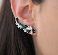 Ear Crawler Earrings, Cuff Earrings, Cluster Earrings, Crystal Earrings, Etsy Earrings, Climbing Earrings, Black Jewelry, Gold Pearl, Minimalist Jewelry