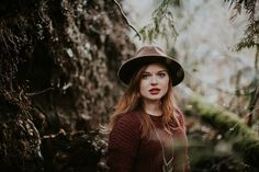 northwest pnw portrait outdoors fashion boho redhead ginger washington style photoshoots nature