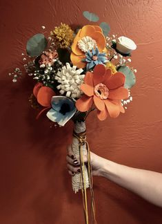 I made a felt bouquet for my brothers (now) wife! (real eucalyptus & babys breath for filler) Fabric Bouquet, Felt Flower Bouquet, Flower Bouquet Wedding, Felt Roses, Felt Flowers, Diy Flowers, Cloth Flowers, Fabric Flowers, Paper Flowers