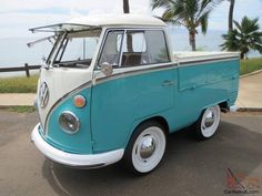 The small Volkswagen Kombi's Volkswagen Bus, Vw Camper, Combi Split, Vw Beetle Convertible, Vw Pickup, Short Bus, Combi Vw, Kids Ride On, Small Cars