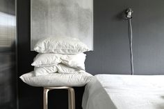 Bedroom grey/white