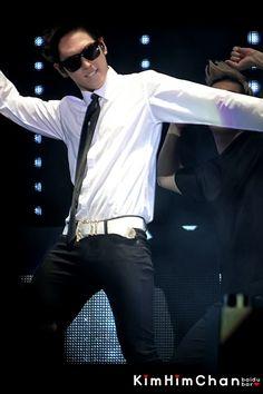 Himchan! <3 Kim Himchan, Youngjae, Bap Kpop, Latest Pics, South Korean Boy Band, Boy Bands, Rapper, Singer, Sexy