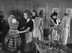 Textilschule und Modeschule in Berlin - 1931 bis 1941 Timeline Classics/Timeline Images
