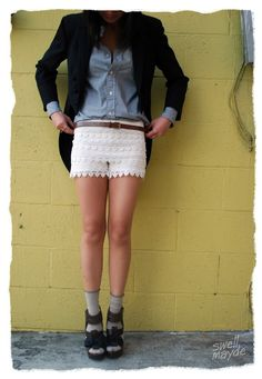 DIY lace shorts : If I don't buy the pair I just spotted today at Francesca's, this is happening asap