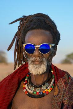 "Etnia Barcelona sunglasses, ""Wild Love in Africa"" 2014 summer ad campaign, South African, Steve McCurry Steve Mccurry, Black Is Beautiful, Beautiful People, Etnia Barcelona, Style Ethnique, Wild Love, African Culture, African History, Interesting Faces"