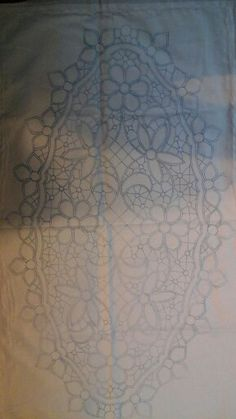 This Pin was discovered by Nel Filet Crochet, Crochet Motif, Crochet Lace, Russian Crochet, Irish Crochet, Romanian Lace, Bobbin Lace Patterns, Point Lace, Needle Lace