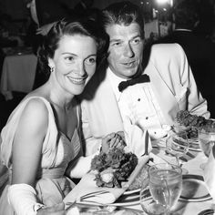 #TBT to 1956 when Nancy Reagan attended a banquet at our Hotel with Ronald Reagan. Photo from #BeverlyHills Historian Marc Wanamaker #bwhistory #throwbackthursday #throwback