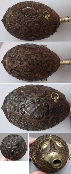 Gourde Noix de coco sculptée 19e siècle coconuts sculpture de bagnard