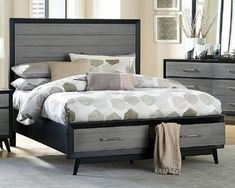 Platform bed with storage - The bed is a very special place in any house and for anyone. Who does not need to feel comforted in their own bedroom? Full Bed With Storage, King Storage Bed, Platform Bed With Storage, King Platform Bed, Black Headboard, Headboard And Footboard, Panel Headboard, Modern Queen Bed, King Bedroom Sets
