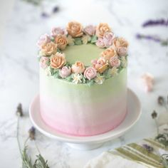 green ombre cake Credit:preppykitchen Would you guys eat this Daily posts of Cakes For promotions/ad Pretty Cakes, Beautiful Cakes, Amazing Cakes, Cake Decorating Techniques, Cake Decorating Tips, Lavender Cake, Bolo Cake, Buttercream Wedding Cake, Buttercream Roses