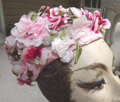 Alberto Giacometti, Elsa Schiaparelli, Italian Fashion Designers, Daisy, Floral Wreath, Floral Crown, Margarita Flower, Daisies, Flower Crowns