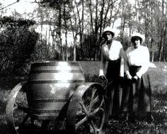 Maria and Anastasia, spring 1917