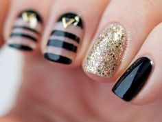 Newest 45 Negative Space Nails Negative space may be a minimalist kind of nail art, which may Great Nails, Fabulous Nails, Fun Nails, Gold Nails, Nailed It, Nagel Bling, Negative Space Nails, Manicure, Studded Nails
