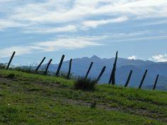 Vue sur le pic d'Anie, Barcus, montagne basque.