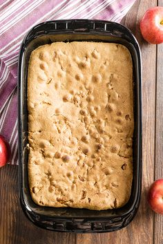 Mom's Best Apple Cake lots of apples in this cake, it's soft and moist. There's also a hot caramel sauce poured over the cake after it's baked that makes this outrageously delicious! Apple Dessert Recipes, Easy Cake Recipes, Apple Recipes, Fun Desserts, Fresh Apple Cake, Apple Cakes, Apple Pie, Milktart Recipe, Baking Muffins