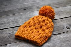 This knit beanie hat is really cozy, warm and stylish! It is perfect for fall and winter. The hat is very soft and stretchy so it fits most sizes. The yarn is very soft - i... #kgthreads #rusteam #knitting #homespunsociety #honeycomb #pumpkin #halloween