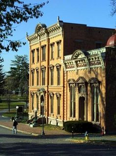 The Saratoga Springs History Museum occupies an 1800s building once billed as the finest casino in the world.