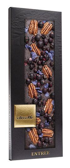 ChocoMe tummasuklaa 100g, pekaanipähkinä, orvokki, mustaherukka, lakritsi