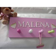 Perchero De Pared Nenas Bebes Cuadro Con Nombre - $ 450,00 en MercadoLibre