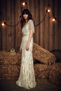 Wedding dress by Jenny Packham from the 2017 Bridal collection. Image courtesy of Jenny Packham. Jenny Packham Wedding Dresses, Jenny Packham Bridal, Spring 2017 Wedding Dresses, Bridal Dresses, Dresses 2016, Fashion Foto, Trends 2016, 2017 Bridal, Bridal Fashion Week
