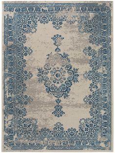 Teppich Antique Beige/Blau Teppich Antique Beige/Blau The post Teppich Antique Beige/Blau appeared first on Lori& Decoration Lab. Cute Home Decor, Handmade Home Decor, Unique Home Decor, Vintage Home Decor, Vintage Rugs, Shabby Home, Plush Carpet, Diy Carpet, Carpet Ideas