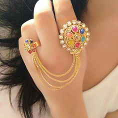 bridal jewelry for the radiant bride Hand Jewelry, India Jewelry, Trendy Jewelry, Fashion Jewelry, Fashion Earrings, Pinterest Jewelry, Pakistani Jewelry, Fancy Jewellery, Bracelet Cuir