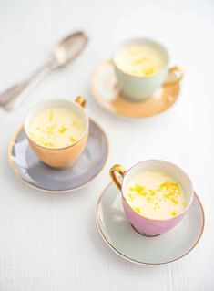Spend more time with your dinner party guest with Sarah Rainey's make-ahead lemon posset desserts from her cookbook Three Ingredient Baking. Yes, these zingy, individual pudding pots only require three ingredients; lemons, caster sugar and double cream. Dinner Party Recipes Make Ahead, Dinner Party Desserts, Dinner Parties, Orange Recipes, Sweet Recipes, Lemon Recipes, Lemon Posset Recipe, Just Desserts, Dessert Recipes