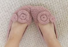 PDF CROCHET PATTERN Slippers Pink Pixie - creamy soft salmon lilac alpaca crocheted shoes....yummy