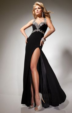 Check out the hand-sewn embellishments on Paris by Tony Bowls 113752! This slimming gown has two straps that go around the neck and attach in the back to make the rest of the back totally open and gorgeous! The bodice is a sweetheart cut and is slightly ruched, and don�t miss the side split to show off those amazing legs of yours! Pair this gown with A/B stone jewelry, and you are set for a fabulous night!