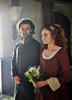 Aidan Turner & Eleanor Tomlinson in 'Poldark' (2015).