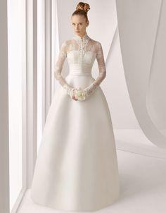 Grace Kelly- inspired wedding dress!!