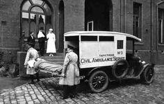 Model T ambulance in Melbourne 1916.