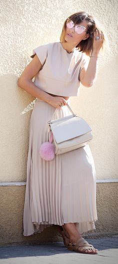 nude colors outfit | coccinelle bag | summer street style ideas | ellena galant girl |