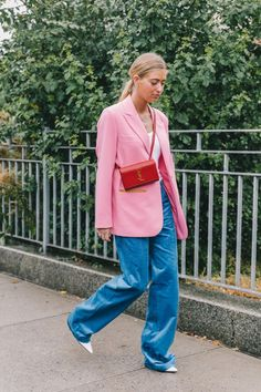78a95bd5735 Spring Summer 2019 Street Style from New York Fashion Week by Collage  Vintage