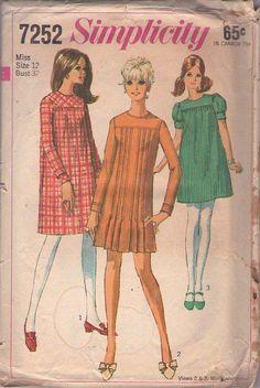 MOMSPatterns Vintage Sewing Patterns - Simplicity 7252 Vintage 60's Sewing Pattern ADORABLE Mod Twiggy Babydoll Tent Dress Set, Pin Tucks, Pleats, Puff Sleeve MUST HAVE Size 12