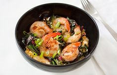 Quinoa and Shrimp Grits. This nutrient-dense and high protein meal of shrimp and quinoa grits will keep you full! High Protein Recipes, Healthy Dinner Recipes, Cooking Recipes, Healthy Dinners, Clean Eating, Healthy Eating, Eating Well, Healthy Foods, Seafood Dishes