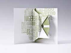 Jakebox CD/DVD packaging Cd Packaging, Packaging Design, Cd Cover Design, Buch Design, Cd Cases, Music Covers, Visual Communication, Graphic Design Inspiration, Paper Planes