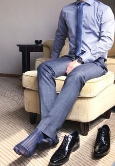 My friend without his shoes for me - Men at Play - Silk Socks, Sheer Socks, Mens Fashion Suits, Mens Suits, Mens Tights, Men Photography, Classy Men, Male Feet, Designer Socks