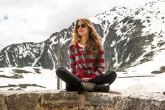 alprausch knitwear in the wild Knitwear, Road Trip, Hipster, Plaid, Women, Style, Fashion, Mountain, Gingham