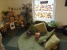 In the first months, your baby will prefer the toys he can watch and listen to the most, and the … Book Area Eyfs, Book Corner Eyfs, Book Corner Classroom, Preschool Rooms, Nursery Activities, Book Activities, Eyfs Classroom, Classroom Decor, Classroom Organization