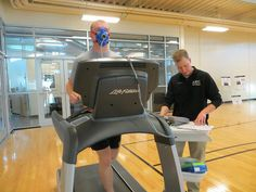 Cardiorespiratory Fitness and VO2max measured with Fitmate PRO at Fort Carson Army Wellness Center | Flickr – Condivisione di foto!