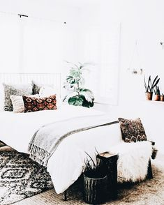 10 Thriving Tricks: Small Bedroom Remodel bedroom remodel on a budget small. Home Bedroom, Bedroom Decor, Bedrooms, Interior Exterior, New Room, Apartment Living, Home Decor Inspiration, Interior Design Living Room, Home And Living