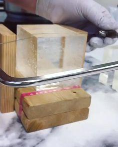 Diy Natural Beauty Recipes, Homemade Soap Recipes, Body Soap, Glycerin Soap, Soap Packaging, Lotion Bars, Shampoo Bar, Soap Molds, Home Made Soap