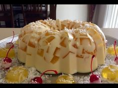 Gelatina de Piña Colada ,3 leches  (con o sin licor). Link download: http://www.getlinkyoutube.com/watch?v=WVo0V_KaKPw