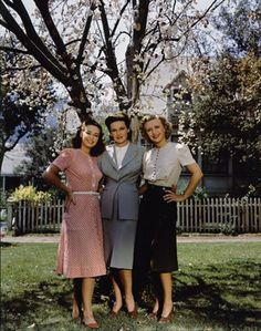 """From the 1940s -- """"Dress how you wish to be dealt with!"""" (E. Jean) Fashion Tips…"""