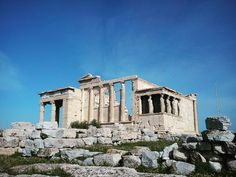 A visit to the Acropolis is always a good idea 🇬🇷 . Greece Pictures, Acropolis, Athens Greece, Greeks, Ancient Greece, Greece Travel, Mount Rushmore, Mountains, Mansions
