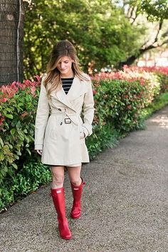 What To Wear On A Rainy Day (in Spring)