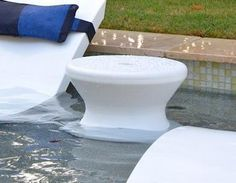 Submersible pool-side table adds convenience + water-resistance to your lounging experience, available in 13 colors. Shop BOXHILL for all modern outdoor style! Small Backyard Pools, Swimming Pools Backyard, Swimming Pool Designs, Backyard Landscaping, D 40, Modern Outdoor Furniture, Elements Of Style, Water Crafts, Outdoor Fabric