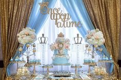 Kind expanded quinceanera party decorations Find out how decorations centerpieces Cinderella Sweet 16, Cinderella Theme, Cinderella Birthday, Princess Theme, Cinderella Wedding, Cinderella Centerpiece, Cinderella Party Decorations, Cinderella Cakes, Aladdin Princess